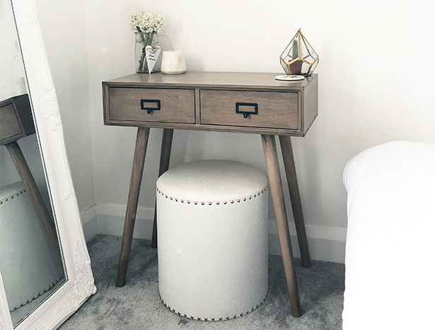 Henley Scandi Dressing table with white stool for bedroom furniture