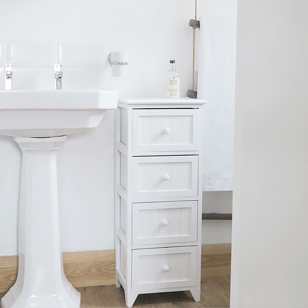 White Maine bathroom furniture