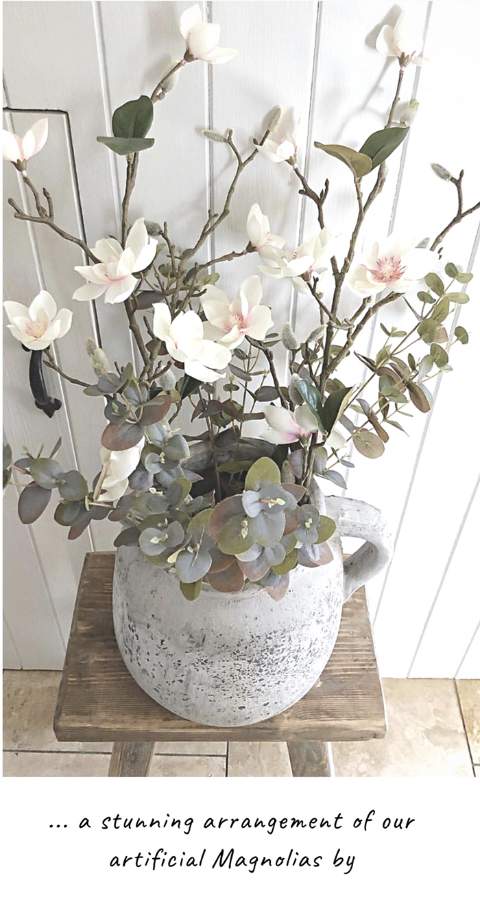 Realistic artificial flowers for New England Country and coastal home decor accessories  for your home