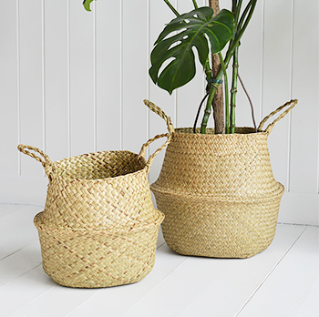 Hove set of natural bellybaskets. Set of basket storage with handles
