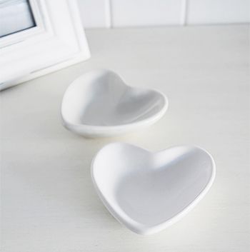 Set of grey and white hearts
