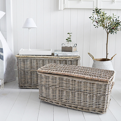 Windsor set of 2 baskets as storage lamp table