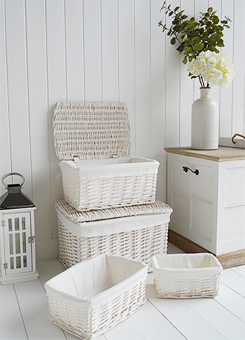 Set of white baskets
