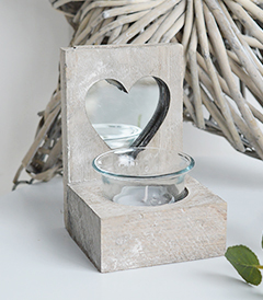 Nantucket grey Wooden candle holder with heart