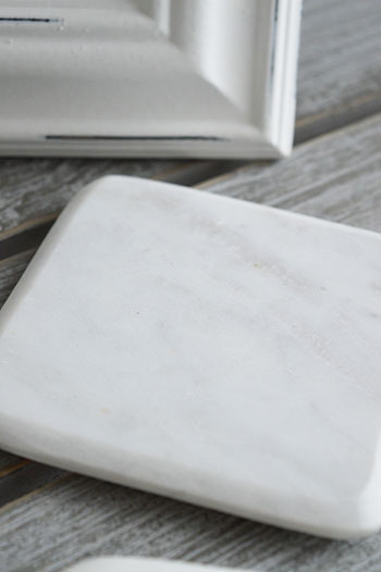 white marble coaster set