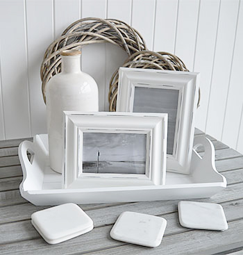 Whit and grey home decor accessories