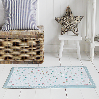 Cottage door mat for New England styled homes