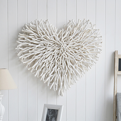 Large white wood chunky twid heart