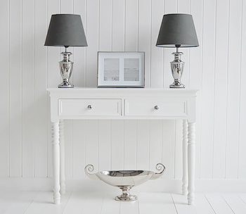 White New England hallway furniture, typical of the luxurious mansions of the  Hamptons