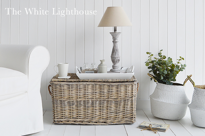 Home Decor accessories, basket lamp table with Lyon lamp