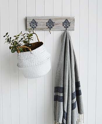 Parisian Grey ornate triple hook with Kingston basket