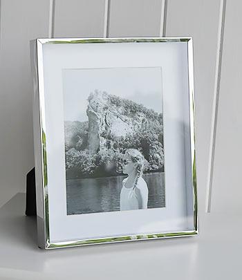 Silver photo frame 6x8 with white mount