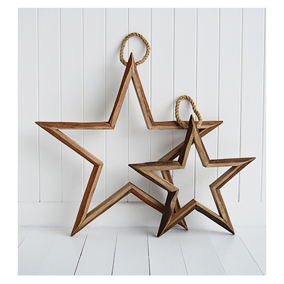 Set of 2 large wooden hanging stars