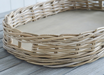 Large oval willow tray
