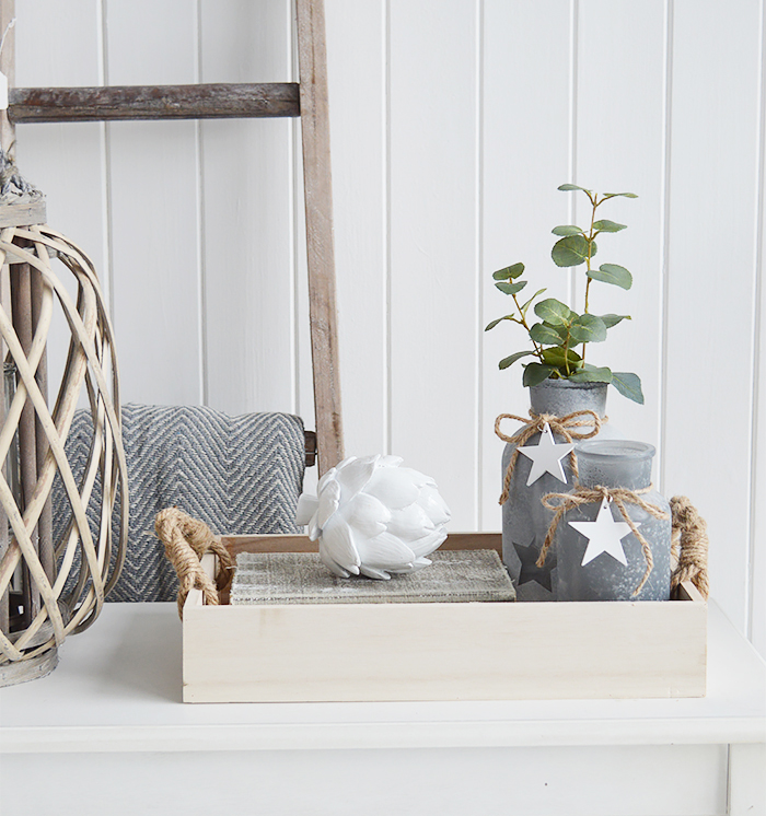 Create a gorgeous display on your console table with the Canterbury wooden tray and rope handles. Group together interesting pieces for a beautiful interior