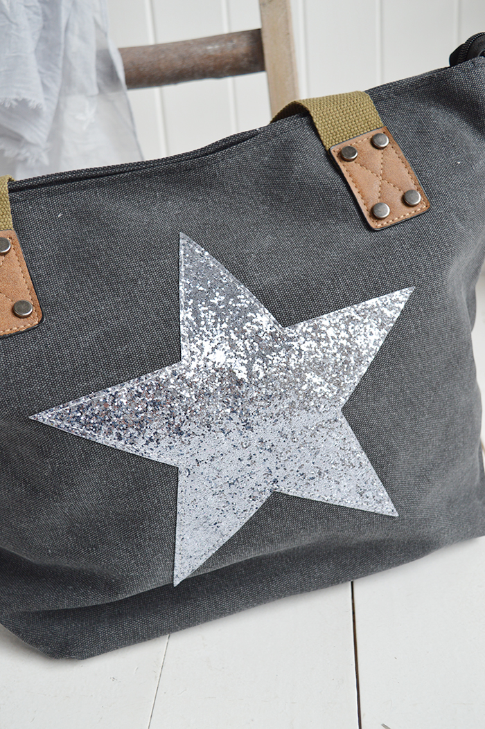 The White Lighthouse Furniture new England Lifestyle for Country and Coastal Living - charcoal star bag