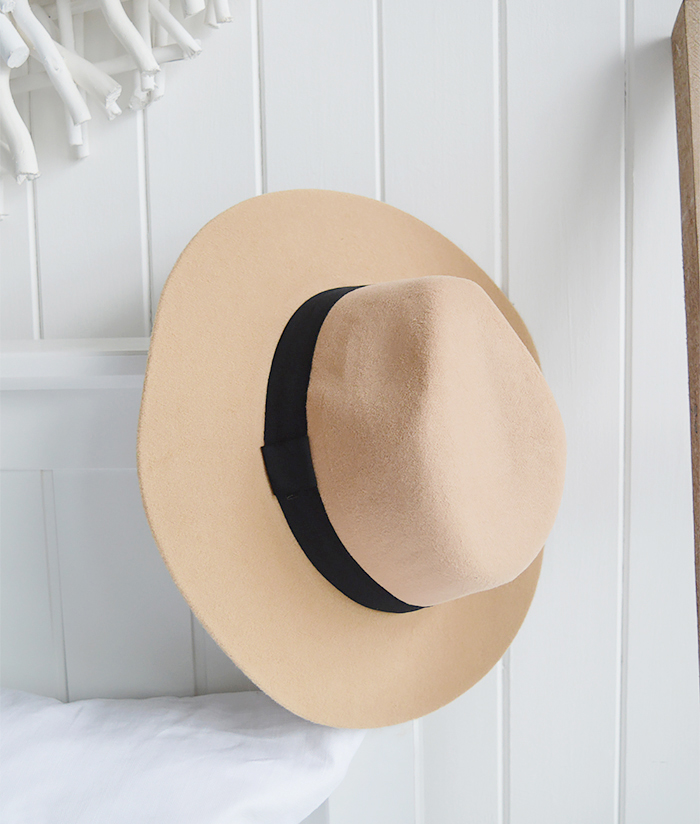 The White Lighthouse Furniture new England Lifestyle for Country and Coastal Living - camel hat