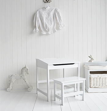 Childrenu0027s White Desk And Chair