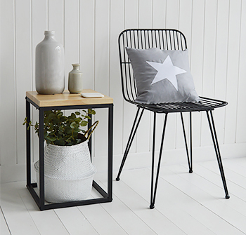The Brooklyn side lamp table with black metal chair