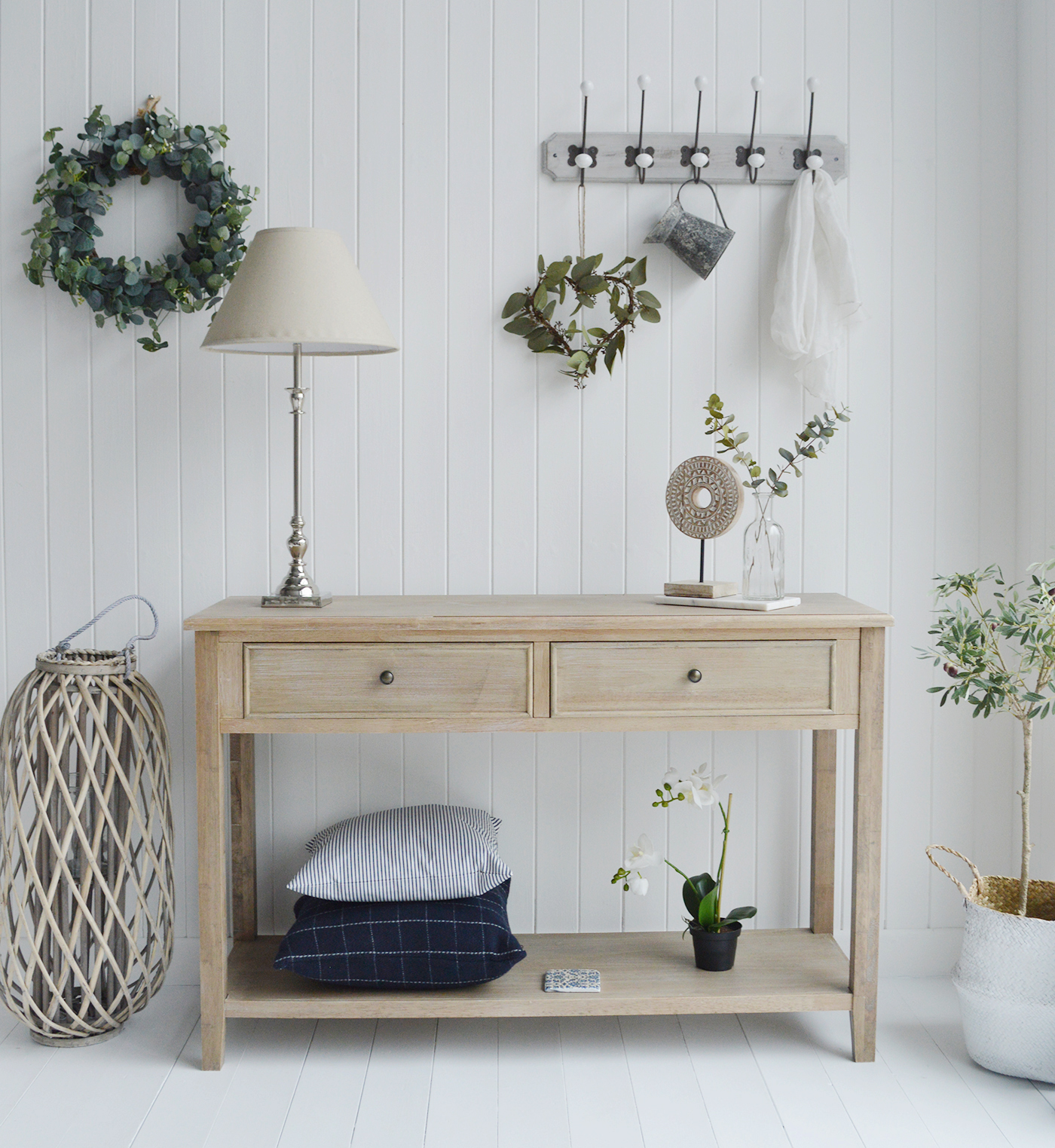 View our range of white living and Hallway room furniture in New England, Coastal and Country style home interiors from The White Lighthouse