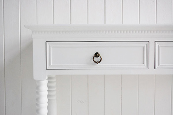 Close image of the drawer and handle on the hallway table