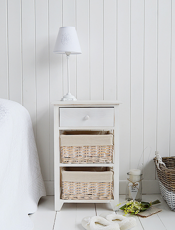 Large Cap Cod bedside table in white wash