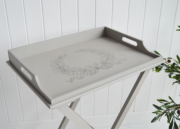The Harvard folding tray table is a delightful addition to any room in your home. Ideal for all country, town, coastal and New England styled home interiors for hallway