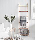 Bamboo ladder for living room throws