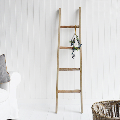 Driftwood blanhet ladder for coastal and country living rooms