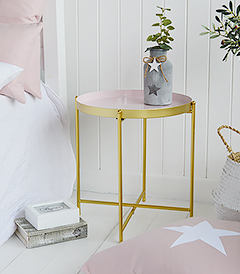 As home to Harvard University and its cafe culture, we have designed our Cambridge table to appeal to the slightly more Bohemain edge of the typical New England style.  A very simple, but striking table in pink and gold that is ideal as a lamp table in the living room or bedside t able in the bedroom - mob