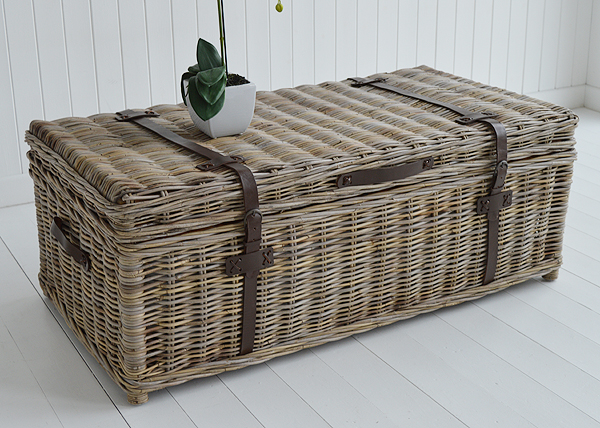 Seaside willow coffee table with storage top