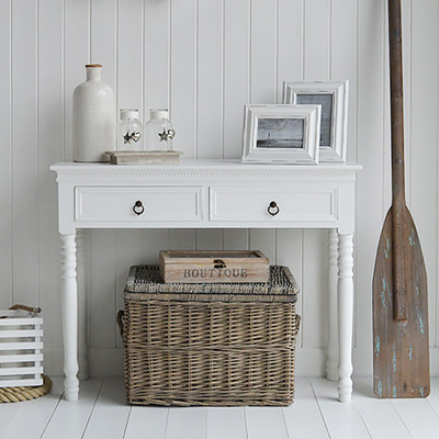 New England white console hallway table