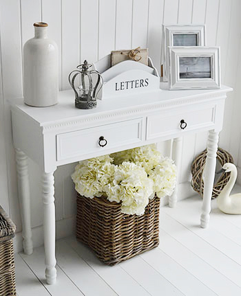 White New England hallway furniture . Console table for hall. Ideas for decorating your home in bright interiors.