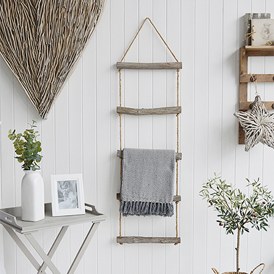 Rope ladder for dispalying your blankets in tyour living room