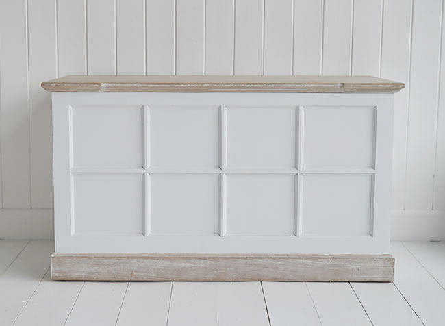 Vermont white storage trunk for white furniture