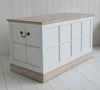 Vermont white storage trunk for white furniture in hall