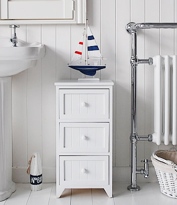 Maine white wooden bathroom cabinet with 3 drawers, ideal for storage furniture in bathroom for toiletries