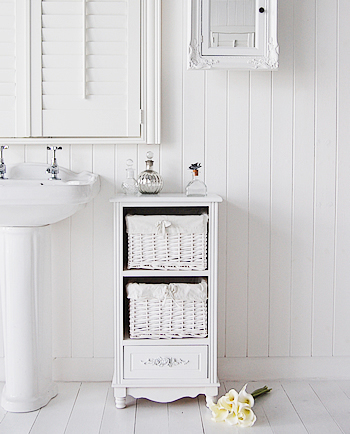 Rose bathroom stroage with baskets