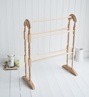 Wooden traditional towel rail