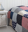 New England American quitl bedding with stars and stripes