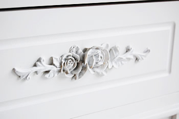 White Rose handle