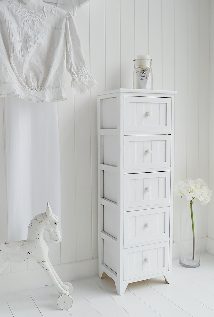 Maine white bedroom furniture