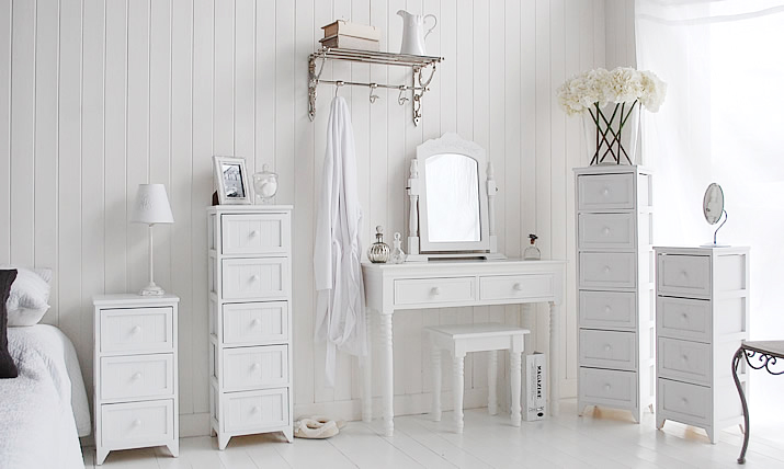 The complete range of Maine white bedroom furniture for excellent storage