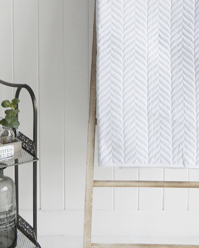 Herringbone pure white double quilt