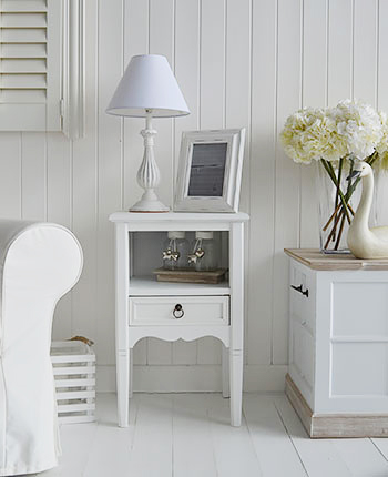 New England white furniture for living room