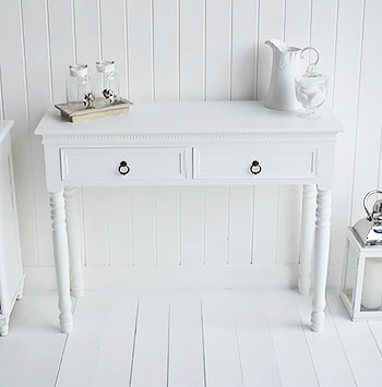 New England white dressing table with drawers