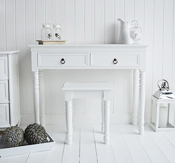 New England white dressing table with white stool